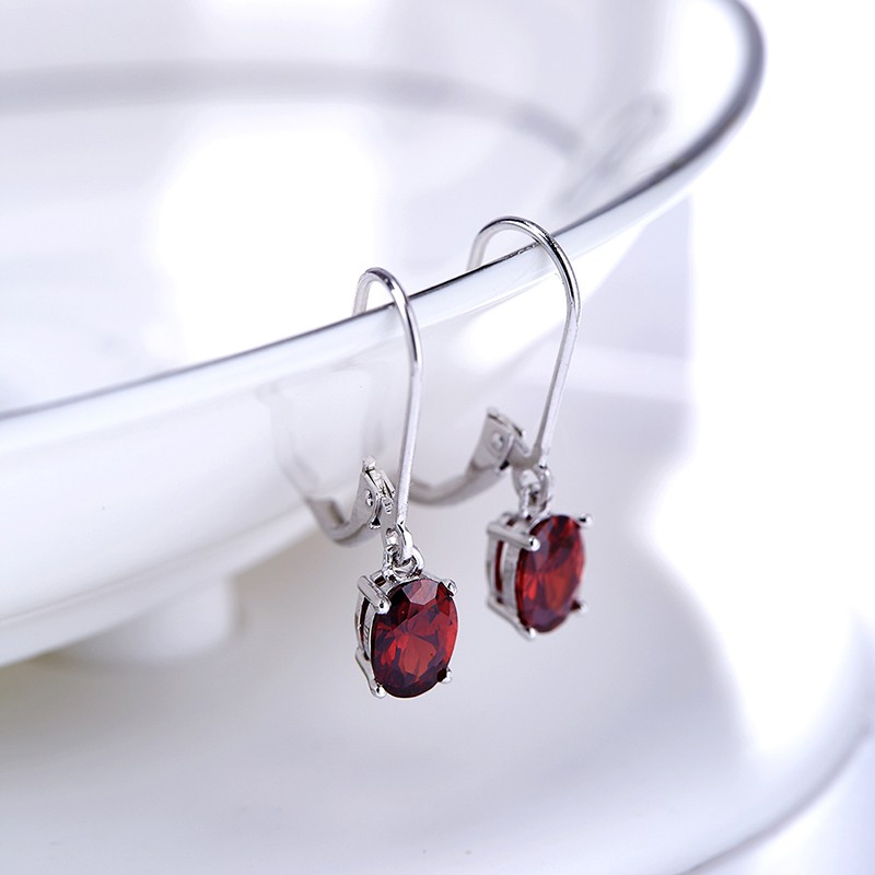Silver 925 Earring decorated by red crystal bezel