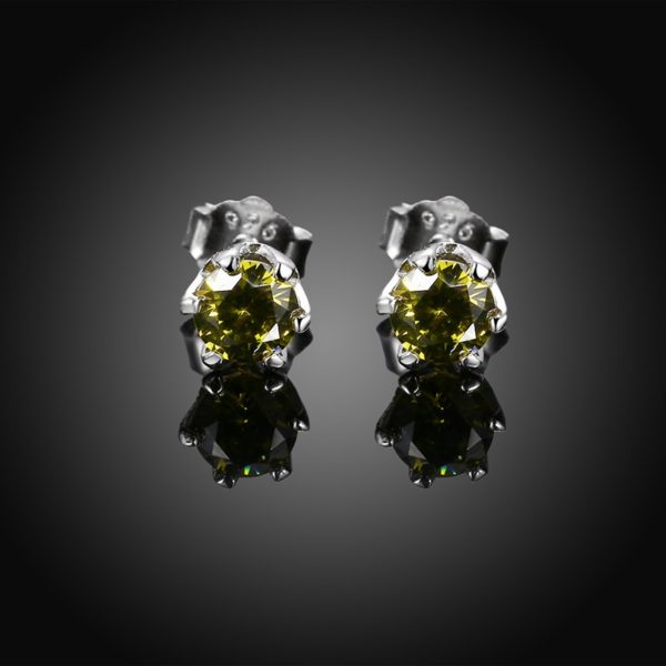Silver 925 Earring decorated by green crystal bezel