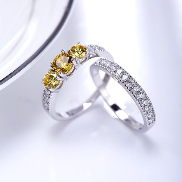 Luxurious silver 925 twins rings inlaid with three champagne zircons and side white special crystals