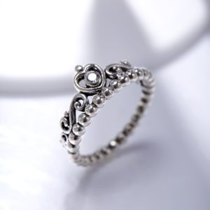 925 Sterling Silver Princess Crown ring , inlaid with a zircon diamond