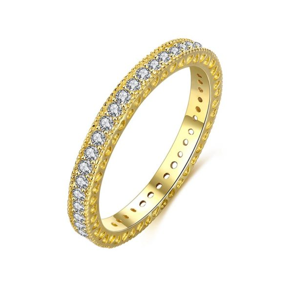 Luxurious silver ring plated with gold 18K and inlaid with zircon crystals