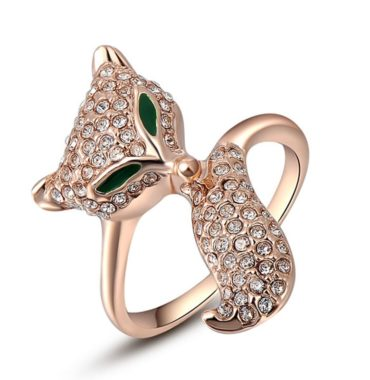 Copper ring plated with gold imitates a cat licking its tail, inlaid with special crystals