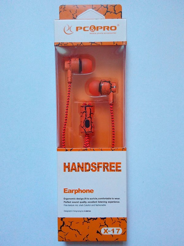 Stylish fashionable earphones with noise canceling earbuds and microphone